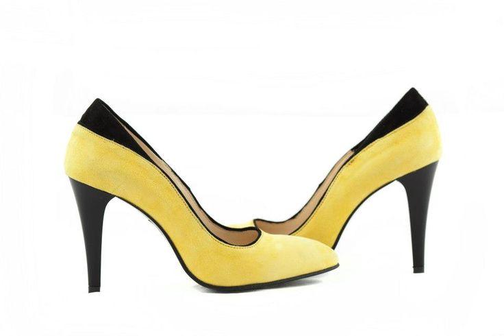 Pantofi din piele intoarsa galbeni cu negru, disponibili in orice culori si marimi - 180 lei