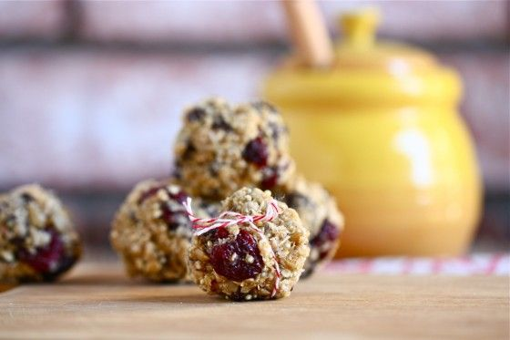 Chocolate Chip Quinoa Trail Mix Balls...Eat, Live, Run BlogMixed Ball, Chocolate Chips, Fun Recipe, Chocolates Chips, Chips Quinoa, Choco Chips, Quinoa Trail, Granola Bar, Trail Mixed