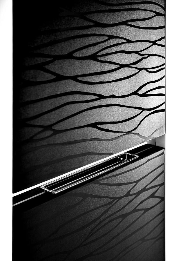 The Pacific bathroom furniture collection - black glossy waves over the black matte background, all in white massive frame / łazienka #bathroom #washbasin #minimalist #contemporary #white #black #furniture
