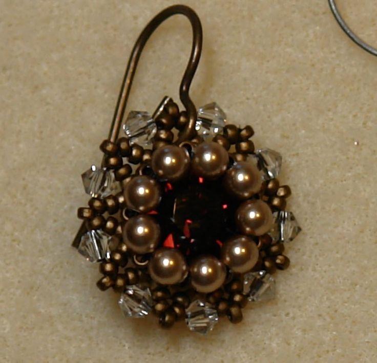 Sidonia's handmade jewelry - Vintage beaded earrings