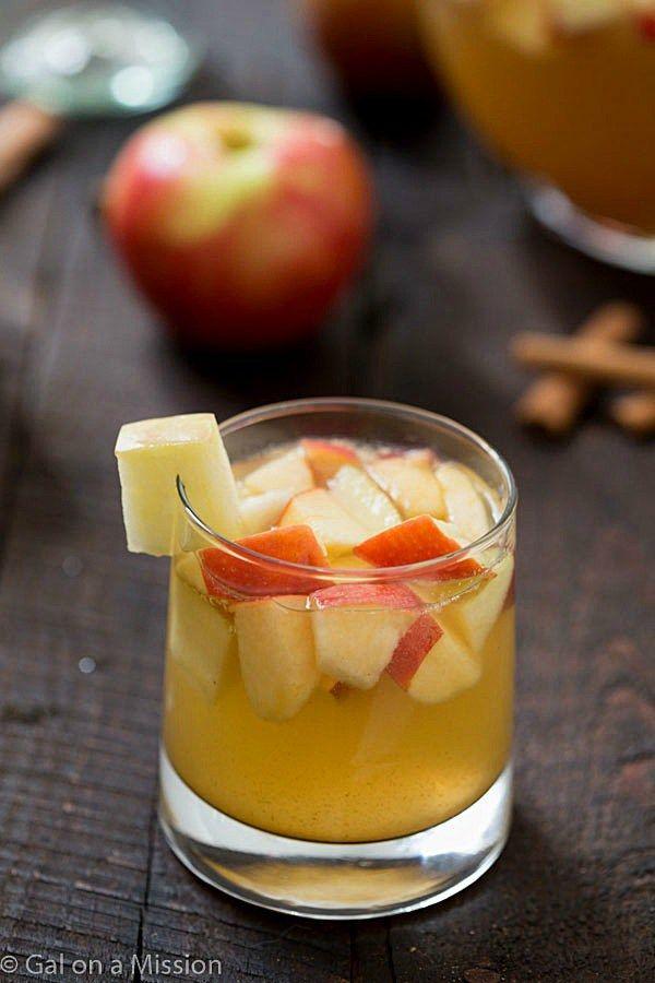 Apple-Pie-Sangria - 15 Thanksgiving Cocktail Recipes