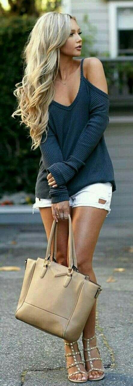 Simple street fashion