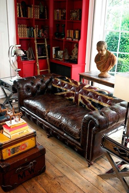 Gentleman's Quarters - Living Room Design Ideas & Pictures - Decorating Ideas (houseandgarden.co.uk)