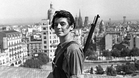 Publican una suerte deenciclopedia de mujeres que lucharon por la República española y contra el fascismo de FrancoLa obra es fruto del trabajo de casi una década de dos hijas de un brigadista alemán que luchó en España durante la guerra