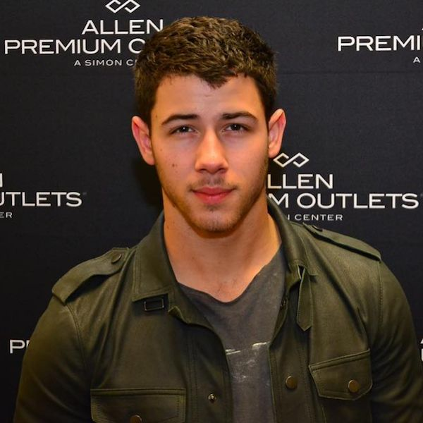 Presidential Hopeful Nick Jonas Represents At Barack Obama's White House Farewell Party - http://oceanup.com/2017/01/07/presidential-hopeful-nick-jonas-represents-at-barack-obamas-white-house-farewell-party/