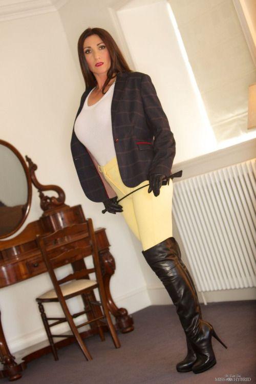 Bossy glossy dames — carcevedo66:   jellysatoshi:     Miss Hybrid I...