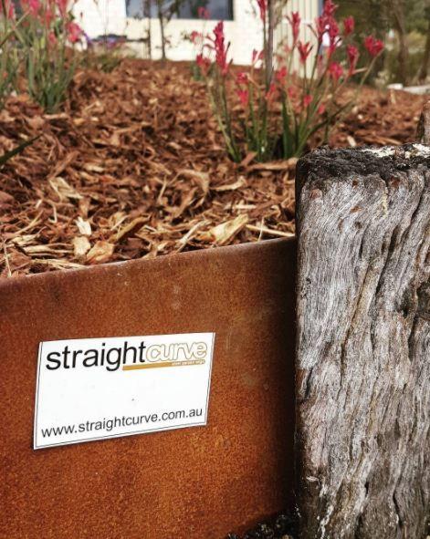 Straightcurve modulaire corten stalen bloem- en plantbakken