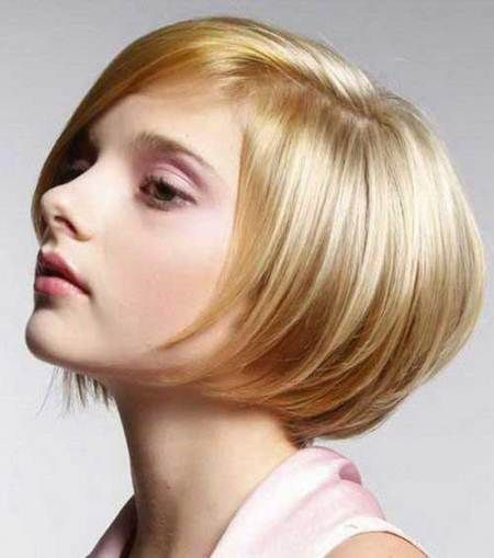 stacked bob short hairstyles for fine hair