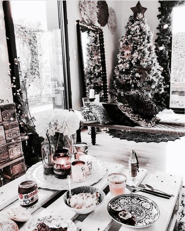 Pinterest Madelynmicklos Classy Christmas Decor Christmas Decorations Christmas Aesthetic