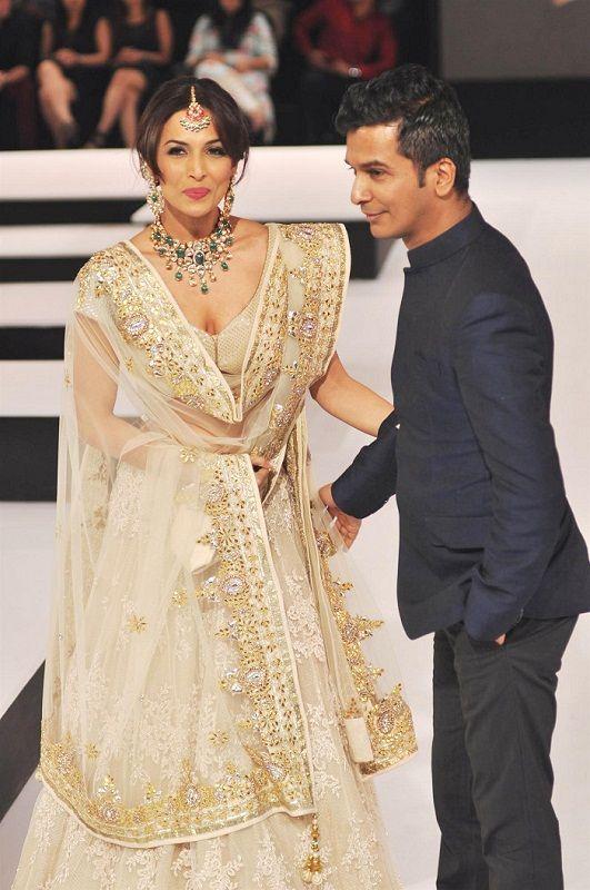 Indian Fashion Designers - Vikram Phadnis & Malaika Arora Khan