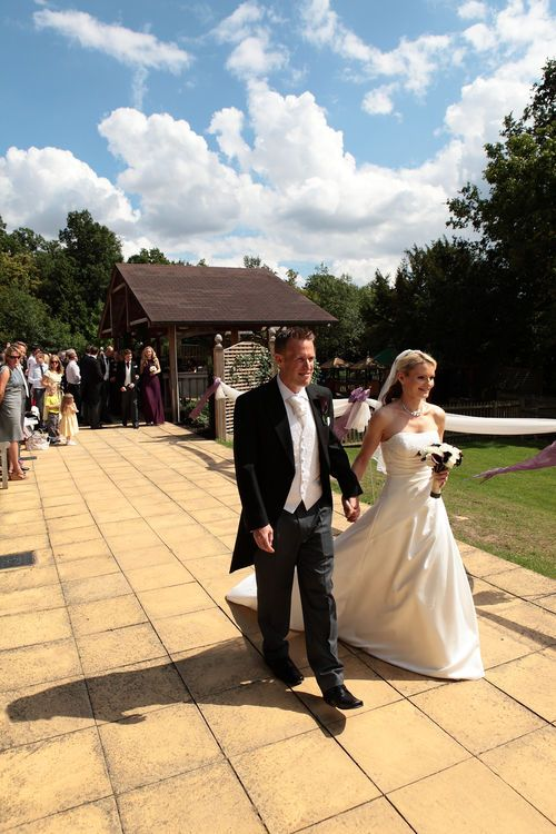 External wedding photograph at Mountains Country House