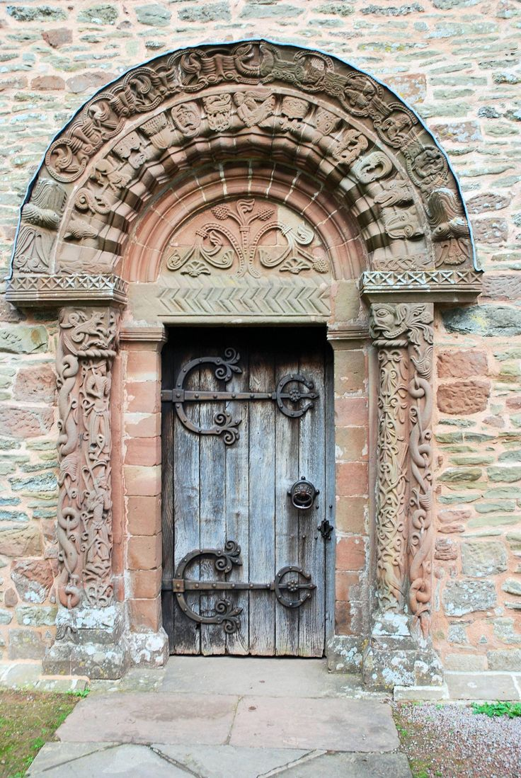 Norman doorway, mid 12th century at Kilpeck Church, England https://www.facebook.com/museum.of.artifacts/