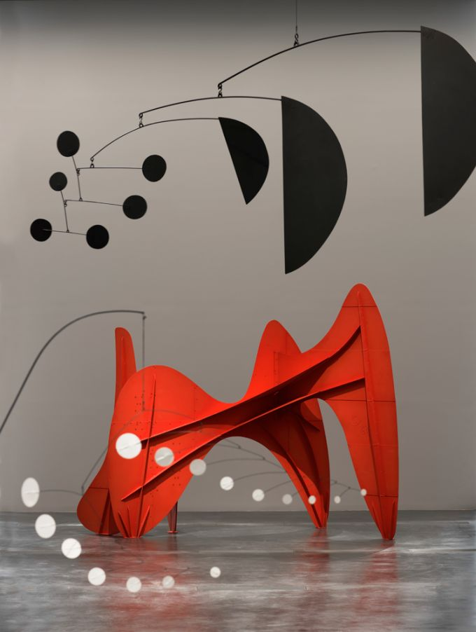 "Imagen de la exposición: ""Calder and Abstraction: From Avant-Garde to Iconic"". Los Angeles County Museum of Art, 24 de noviembre de 2013 a 2..."