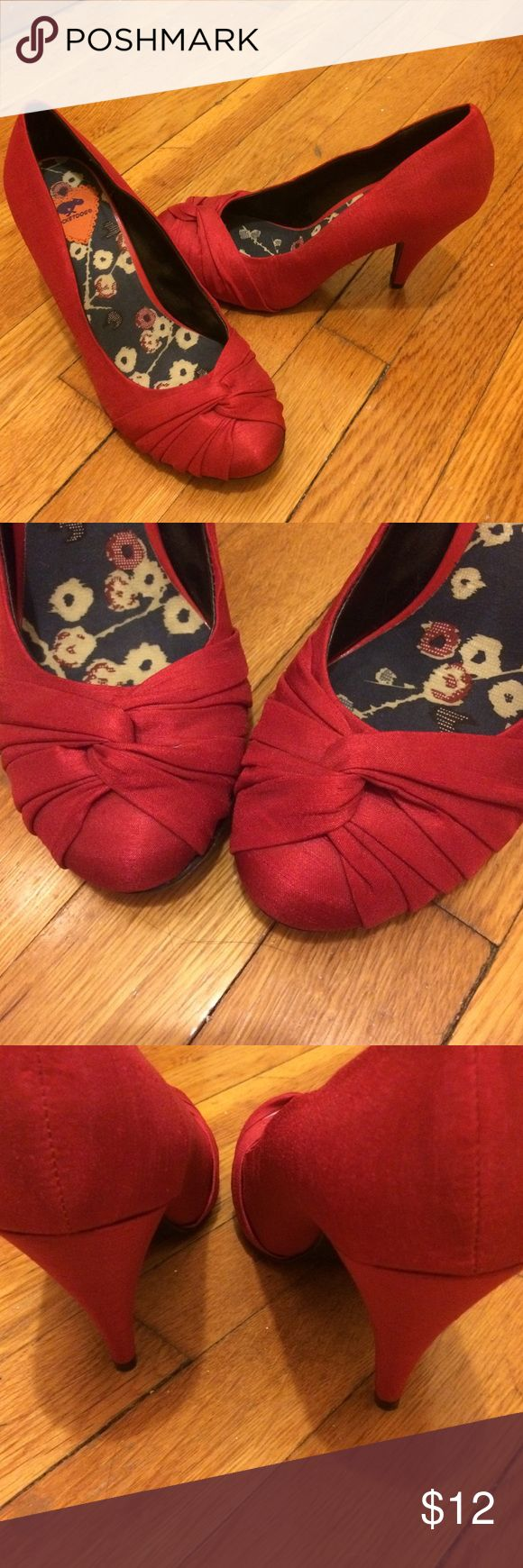 Rocket Dog Red Pumps Red Rocket Dog Pumps. About 2-3 inch heel. Soles in great condition only worn like once. Rocket Dog Shoes Heels