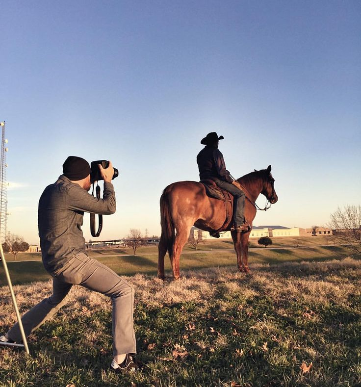 "Curated by Famous BTS Magazine. #famousbtsmag #famousbtsmagazine @famousbtsmagazine #bts #behindthescenes #fashionphotography  Justin Clemons on Instagram: ""I was out shooting a bad ass cowboy today. #editorial #cowboy #photoshoot #instadfw #bts""  146 Likes, 14 Comments - Justin Clemons (@justinclemons) on Instagram: ""I was out shooting a bad ass cowboy today. #editorial #cowboy #photoshoot #instadfw #bts"""