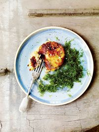 Crispy gut weed with potato cakes