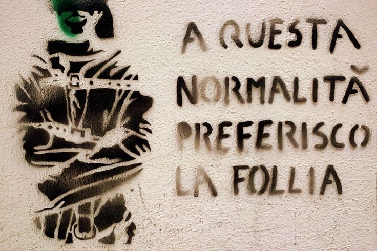 http://3.bp.blogspot.com/-KDxMpCUc56I/VgySbVLKpkI/AAAAAAAAGVA/Jqg-mMJPxFM/s1600/follia-normalita.jpg