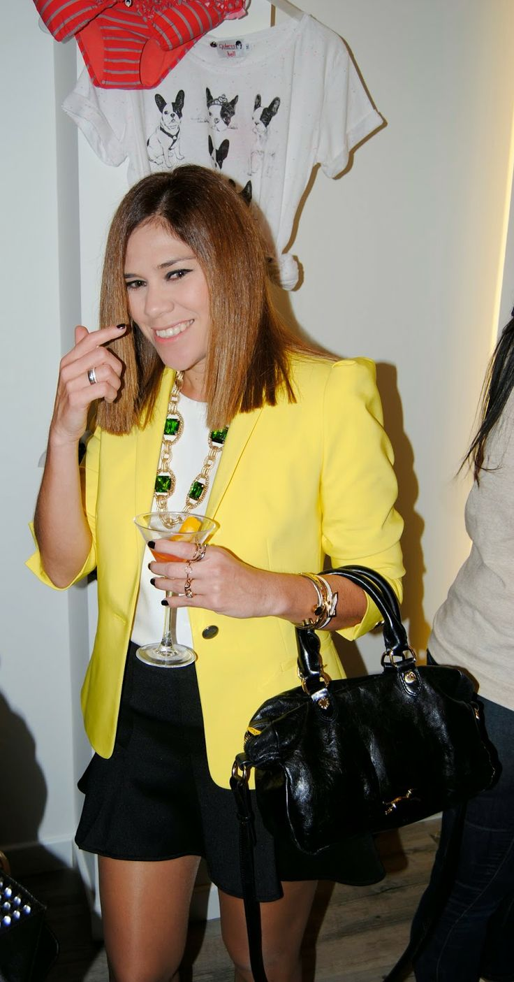 DOLORES PROMESAS 31-3-2014  Zara jacket / Easy wear blouse / Bershka skirt / Primark boots / LePiccola accessories / Bimba&Lola bag