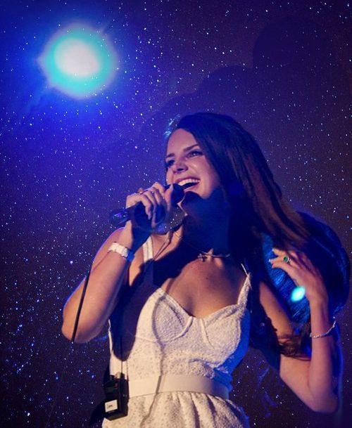 Red Nail Polish Lana Del Rey: 17 Best Images About God, I ♥ LANA DEL REY On Pinterest