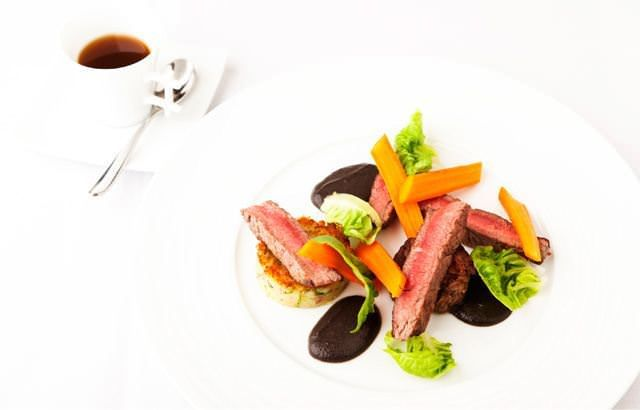This sumptuous Aberdeen Angus beef steak recipe comes from acclaimed chef Kevin Mangeolles, pairing the steak with beef tea and a rich mushroom puree