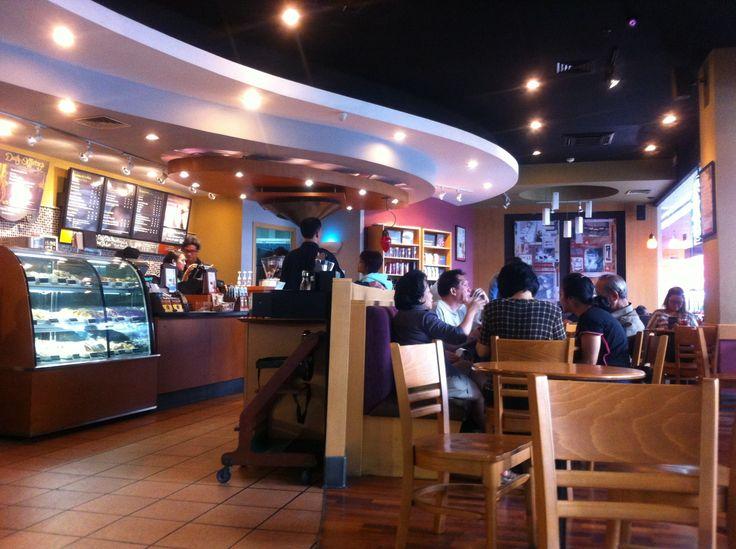 Starbucks BIP - Bandung, before renovation. Closed early 2017.