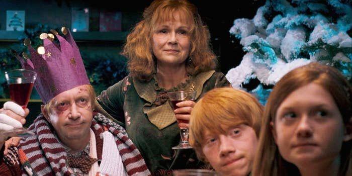 29 Plots Aus Den Harry Potter Buchern Die Es In Die Filme Hatten Schaffen Sollen Harry Potter Christmas Scene Potter Harry