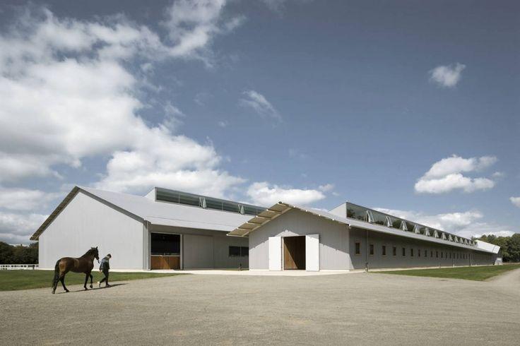 Elite Equestrian Center / Francisco Mangado