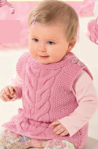 Розовый жилет с косами для девочки, вязаный спицами