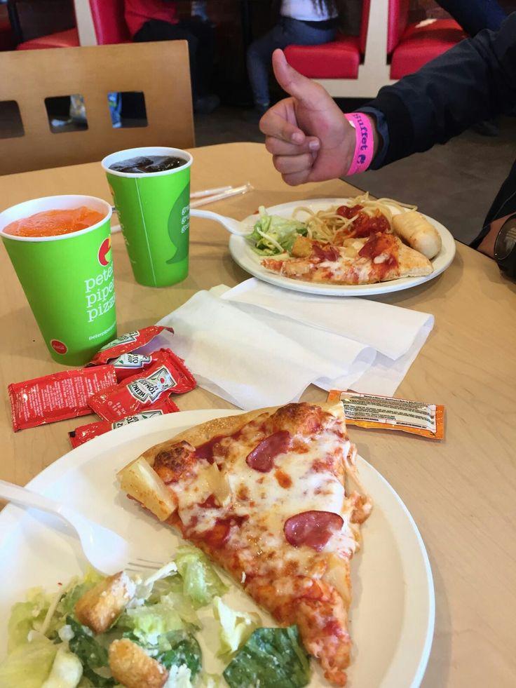 Agusto en Peter piper pizza