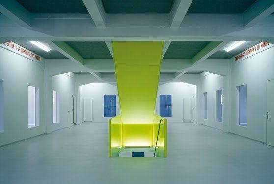 Gymnase du Bugnon, Lausanne, 2004  Impact minimal pour effet maximal By CCHE