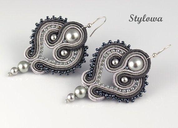 Handmade earrings made from high quality soutache braid (PEGA) with Swarovski pearls and Toho glass beads. Length: 5.5 cm (2.2 in). Earrings