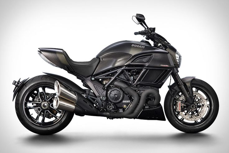 Ducati Diavel Carbon Motorcycle
