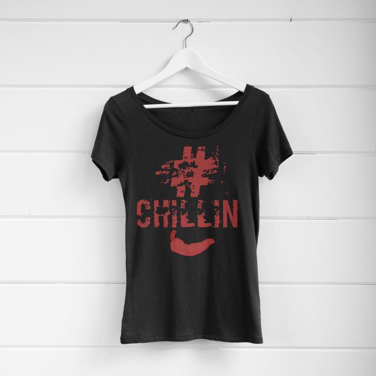 #chillin women's short sleeve Tshirt