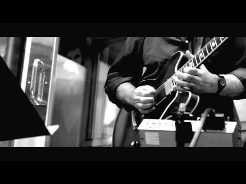 "Former Supertramp guitarist CARL VERHEYEN - ""Spirit of Julia"" from Mustang Run - YouTube"