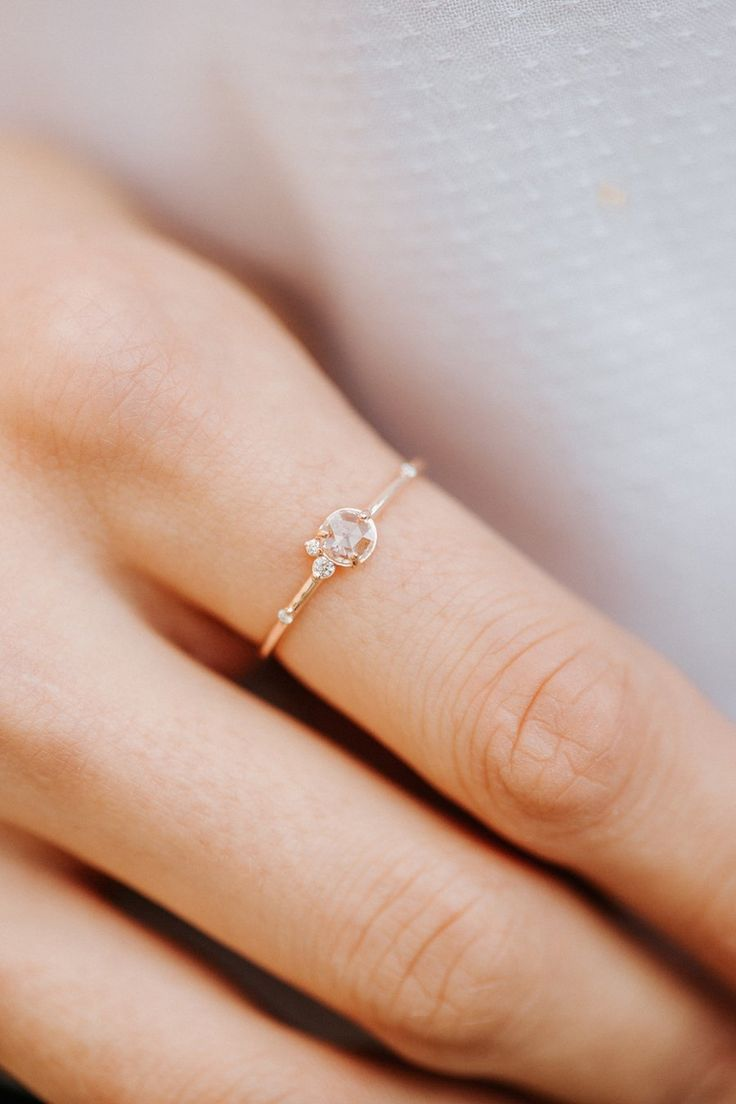 Flurry Ring in Rose Cut Diamond