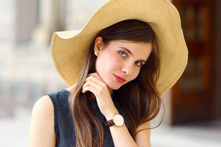 portret+dziewczyny+w+kapeluszu+z+zegarkiem.jpg (968×644)