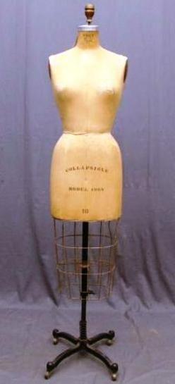 αντίκες οδηγό τιμών, αντίκες priceguide, υφάσματα και είδη ένδυσης, Νέα Υόρκη, Vintage [Wolf Έντυπο Υπόδειγμα ΣΙΑ πτυσσόμενο] φόρεμα μορφή, [μοντέλο 196S, σε μια ρυθμιζόμενη βάση πεντάλ].