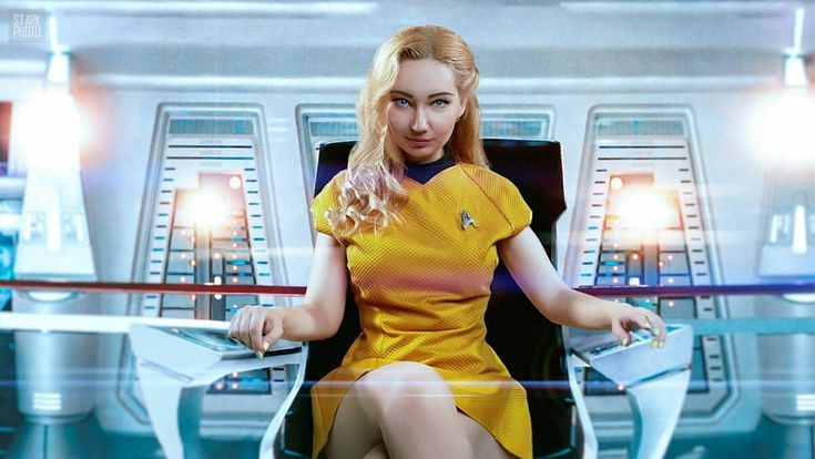 Blond girl star trek uniform