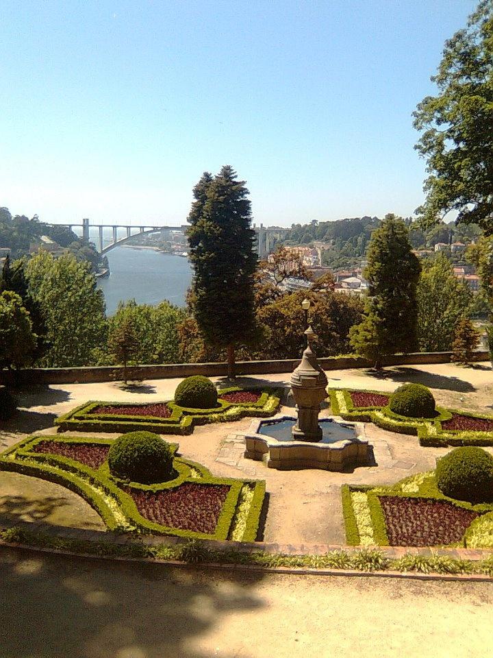 Jardim interior - Palácio de Cristal enjoy portugal holidays www.enjoyportugal.eu