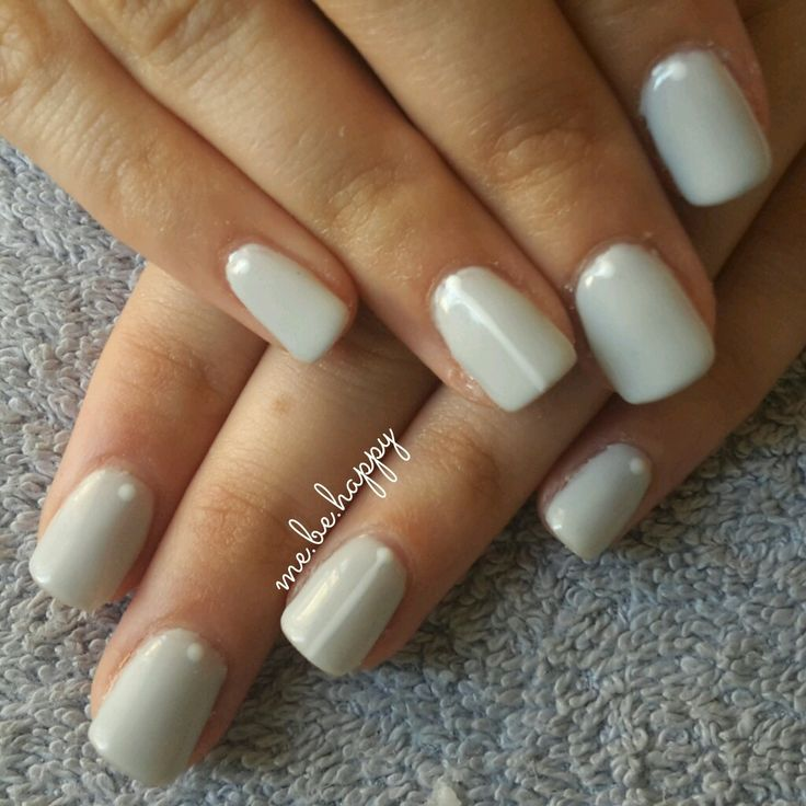 Grey powder logik gel with simple nail art