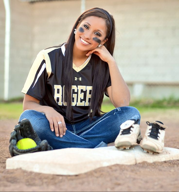 Senior softball pictures
