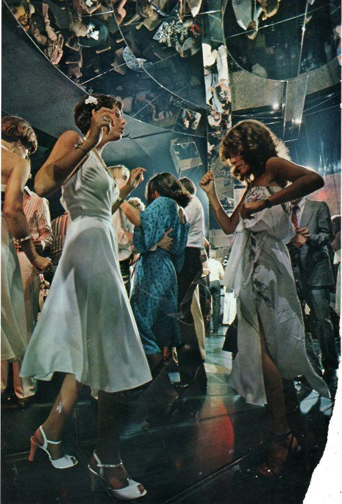 disco 70s studio 54 dance dresses white blue photo print ad color