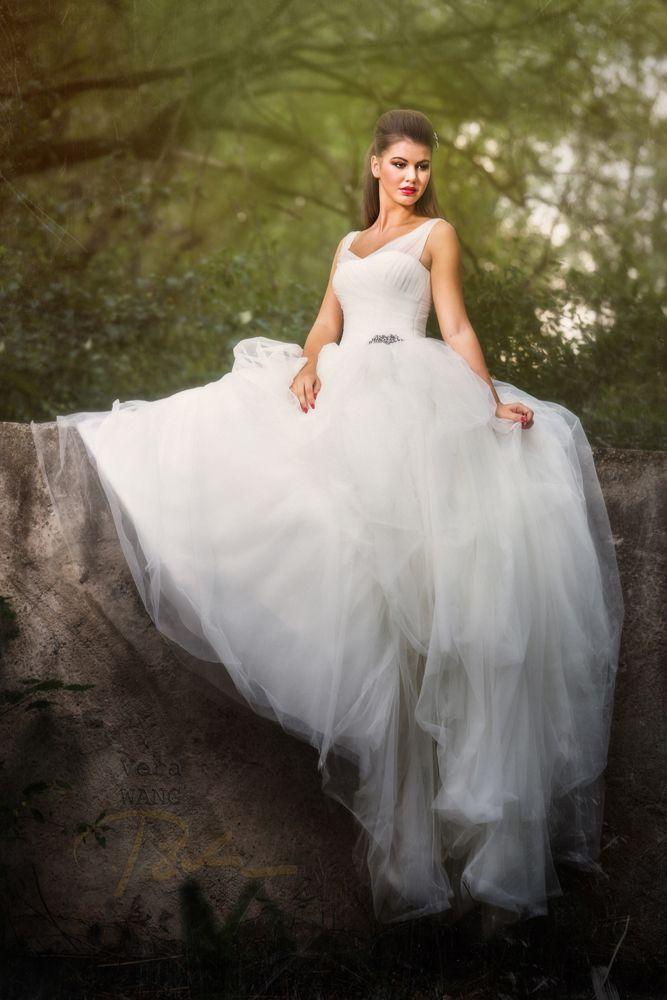 #bride in #vera_wang dress