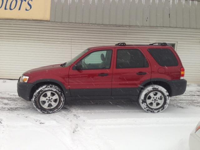 Location:  Craig Terry Motors   Year:  2007   Make:  Ford   Model:  ESCAPE   VIN:    Trim:  XLT   Colour:  RED   Transmission:  Automatic   Mileage:   86000   Price: $ 10995.00   Stock #:  CESP   Features:      Description:   PUS HST   www.craigterrymotors.com