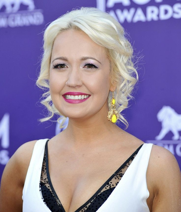 41 Best Meghan Linsey Images On Pinterest