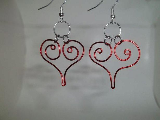Crimson Spiral Heart Earrings | Another great piece of Valentine's Day jewelry that is sure to bring tears to her eyes, or if you are making these for yourself that you are sure to look fabulous in!