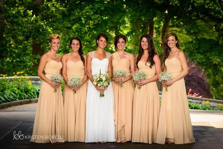 Formal of bride and her bridesmaids  victoria golf club wedding photography, nanaimo wedding photography