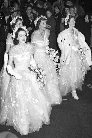 Queen Elizabeth's bridesmaids (BridesMagazine.co.uk). Love this picture for Queen Elizabeth., she so pretty.