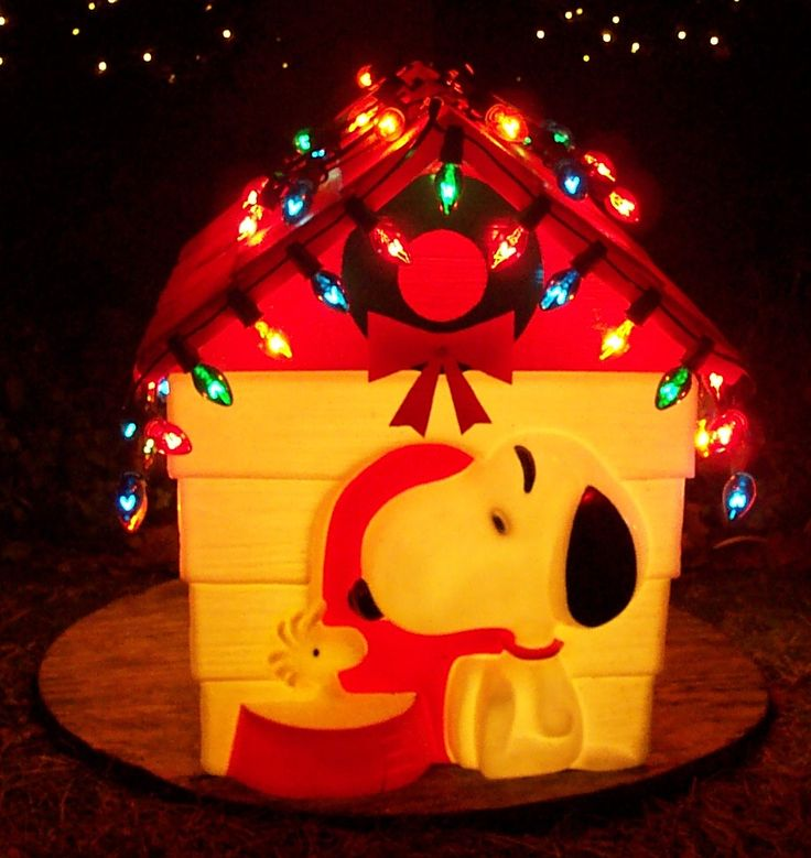 "Peanuts snoopy dog house by empire  22.5"" TALL X 23"" X 18"".1965 AND 1966"