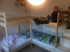 Kutt en Mydal køyeseng og en madrass i to.